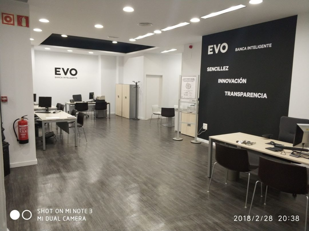 Reforma local comercial: Sucursal Evo Banco Valencia