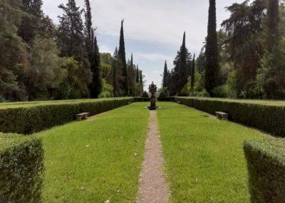 Mantenimiento de jardines del Palacio de Moratalla