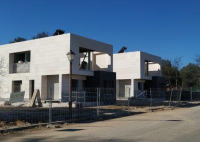 Construcción de 12 viviendas unifamiliares de lujo en Móstoles (Madrid)
